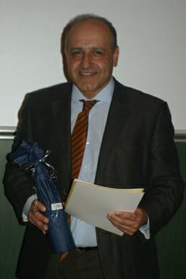 Absolvent PD Dr. Hodjat Shekarriz